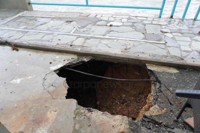 Συναγερμός στα Χανιά: Η διάβρωση «καταπίνει» το Κουμ-Καπί - εικόνα 2