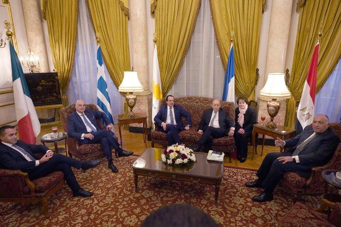 Ολοκλήρωθηκε η πενταμερής συνάντηση ΥΠΕΞ στο Κάιρο