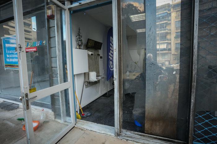 Συναγερμός τα ξημερώματα: Διπλή εμπρηστική επίθεση στην Κυψέλη - εικόνα 5