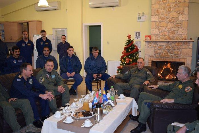 Δείτε τον Αρχηγό ΓΕΕΘΑ που πέταξε μόνος του με F16 στη Σκύρo - εικόνα 3