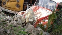 Σκηνές τρόμου στην Κρήτη: Βράχος έπεσε πάνω σε σπίτι