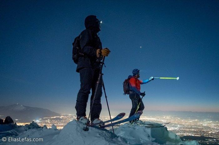 Οι μαγικές φωτογραφίες του Σάκη Αρναούτογλου στη χιονισμένη Πεντέλη - εικόνα 2