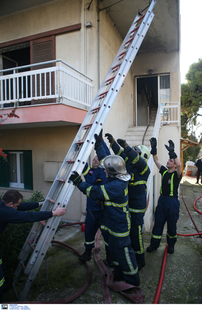 Ετσι έπιασε φωτιά στα Μελίσσια: Αναψε γκαζάκι στην ντουλάπα