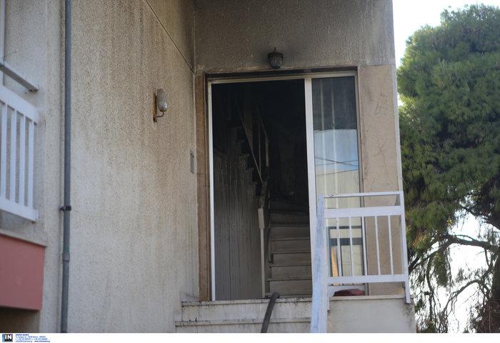 Ετσι έπιασε φωτιά στα Μελίσσια: Αναψε γκαζάκι στην ντουλάπα - εικόνα 2