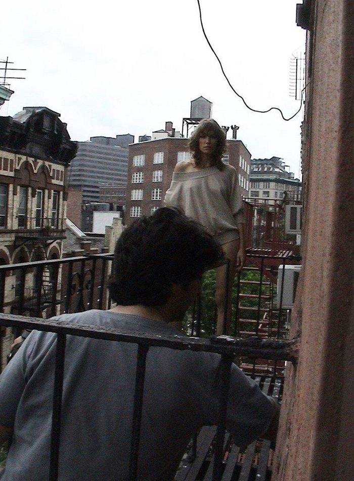 Blast from the past: Η Καγιά μελαχρινή στη Ν. Υόρκη με εσώρουχο [εικόνες] - εικόνα 3