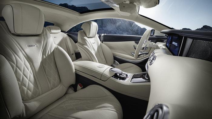 Απίστευτο: Μητροπολίτης με Mercedes των... 300.000 ευρώ - εικόνα 2