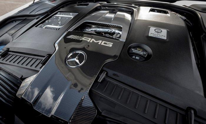 Απίστευτο: Μητροπολίτης με Mercedes των... 300.000 ευρώ - εικόνα 3