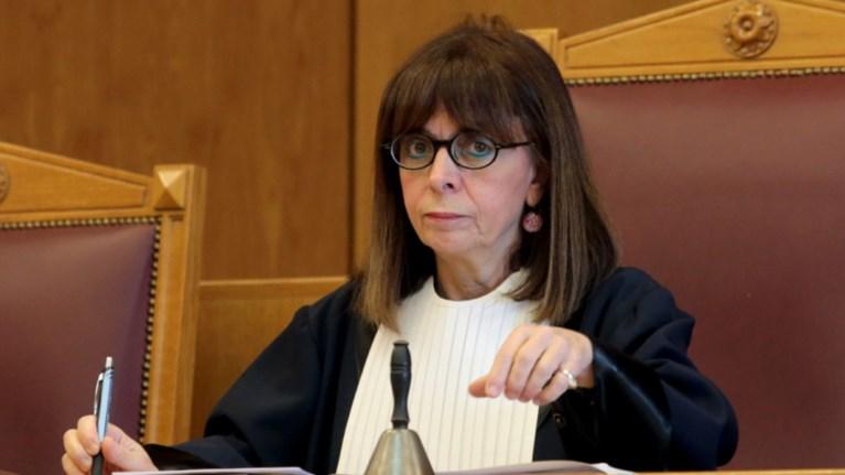 Οι δικαστές του ΣτΕ συγχαίρουν την Σακελλαροπούλου