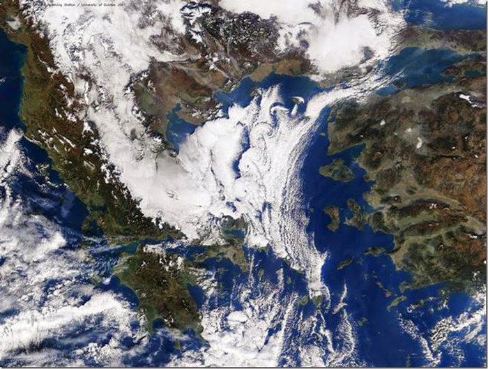 Εντυπωσιακοί στρόβιλοι Von Kármán στο Βόρειο Αιγαίο-Πότε παρατηρούνται - εικόνα 5