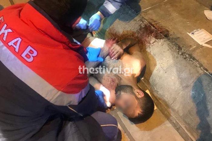 Θεσσαλονίκη: Του επιτέθηκαν με μαχαίρια και ξύλα για 50 ευρώ-Εικόνες