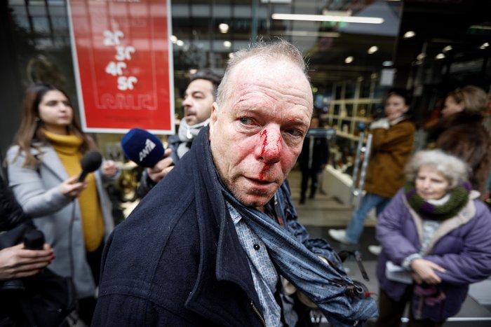 Επίθεση από ακροδεξιούς δέχθηκε Γερμανός δημοσιογράφος στο Σύνταγμα