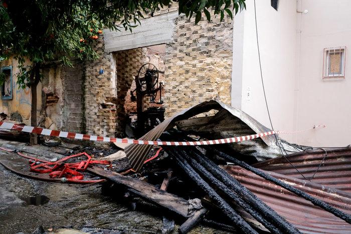 Τραγωδία στο Ρέντη: Νεκρός άνδρας από φωτιά