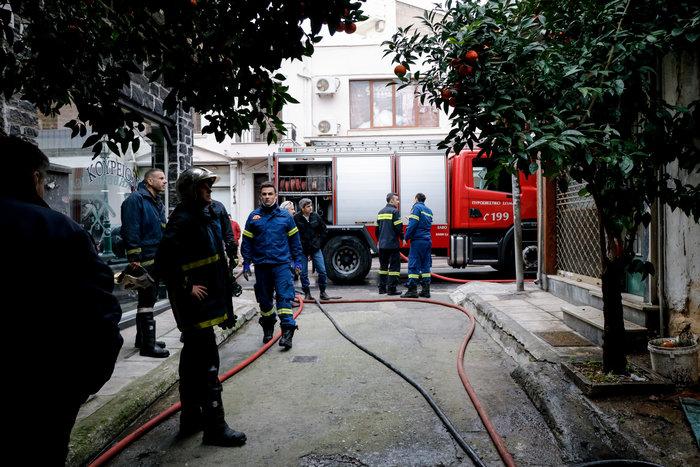 Τραγωδία στο Ρέντη: Νεκρός άνδρας από φωτιά - εικόνα 3