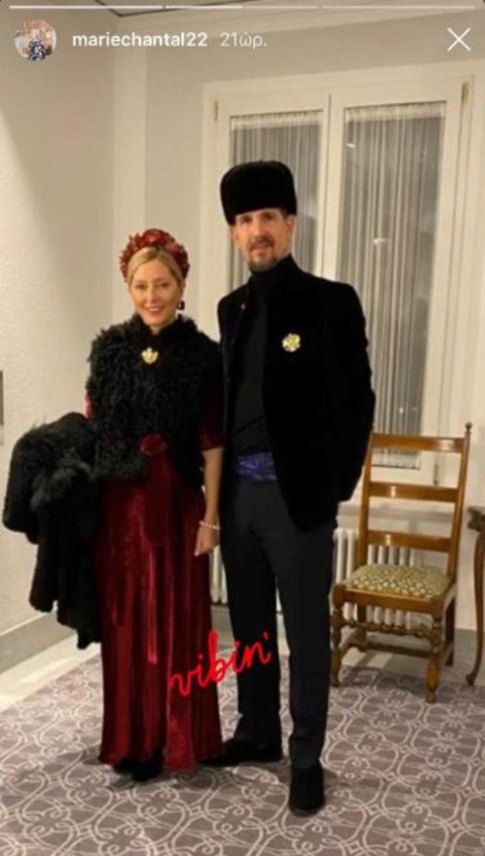 Λαμπερό θεματικό πάρτι με Μαρί Σαντάλ και Μαρία Ολυμπία στο Σεν Μόριτζ - εικόνα 2