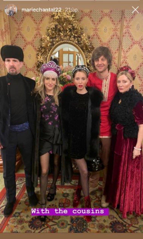 Λαμπερό θεματικό πάρτι με Μαρί Σαντάλ και Μαρία Ολυμπία στο Σεν Μόριτζ
