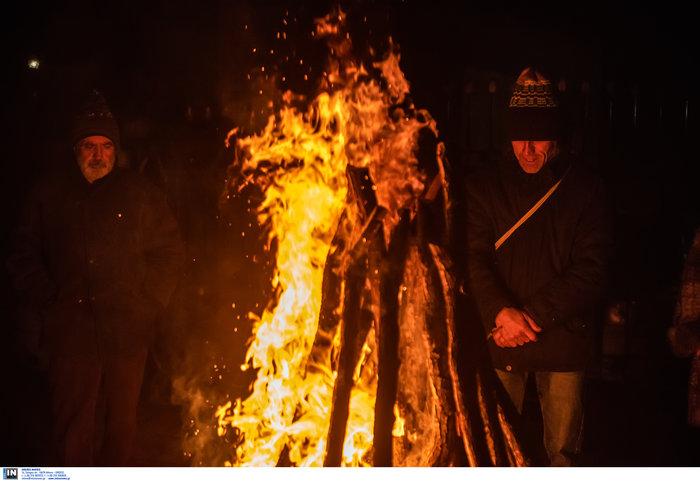 Αναβίωσε το συγκλονιστικό έθιμο των Αναστενάρηδων [εικόνες] - εικόνα 7