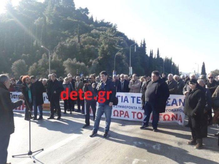 Πάτρα: Κλειστή η εθνική οδός Πατρών-Πύργου στον κόμβο της ΒΙΠΕ στην Αχαΐα