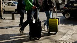 auksisi-10-perissoteroi-finlandoi-touristes-stin-ellada-to-2020