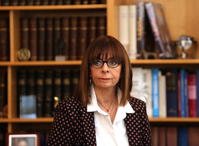 Συγχαρητήρια Σαρτζετάκη στη νέα ΠτΔ σε άπταιστη... αρχαϊκή - εικόνα 2