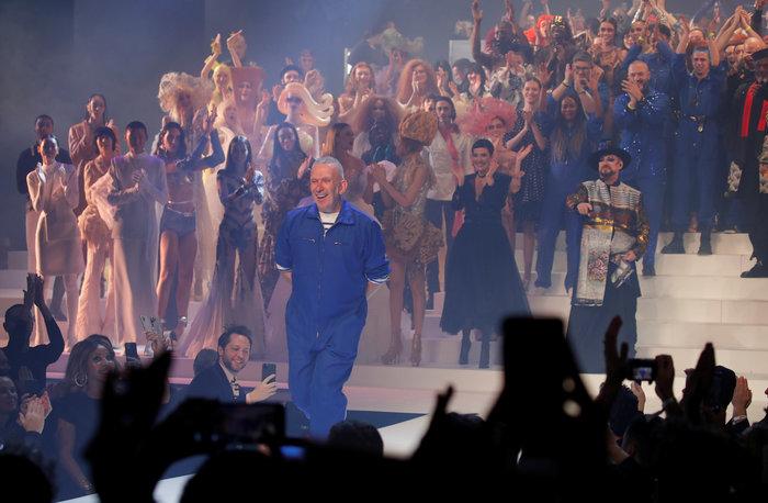 Η Βίκυ Καγιά στην τελευταία επίδειξη του Ζαν Πολ Γκοτιέ στο Παρίσι[Εικόνες]