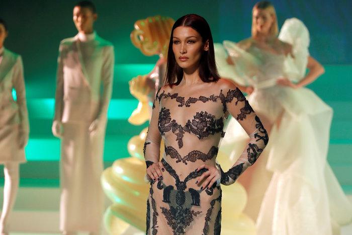 Γκοτιέ: Δείτε όλα τα top models στο τελευταίο ντεφιλέ - εικόνα 3