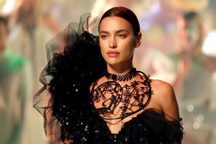 Γκοτιέ: Δείτε όλα τα top models στο τελευταίο ντεφιλέ - εικόνα 2