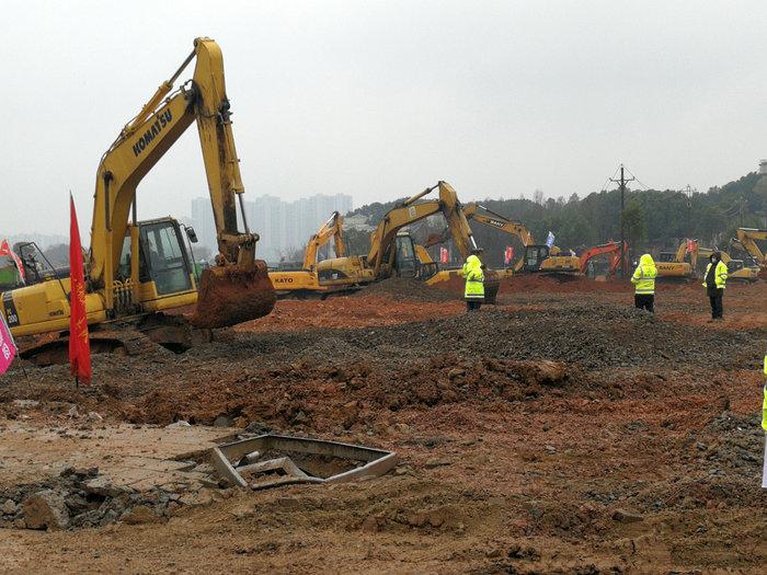 Κοροναϊός: Χτίζουν νοσοκομείο στην Κίνα μέσα σε 6 ημέρες - Φωτο - εικόνα 4