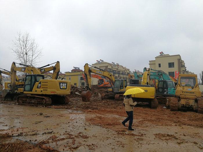 Κοροναϊός: Χτίζουν νοσοκομείο στην Κίνα μέσα σε 6 ημέρες - Φωτο - εικόνα 5