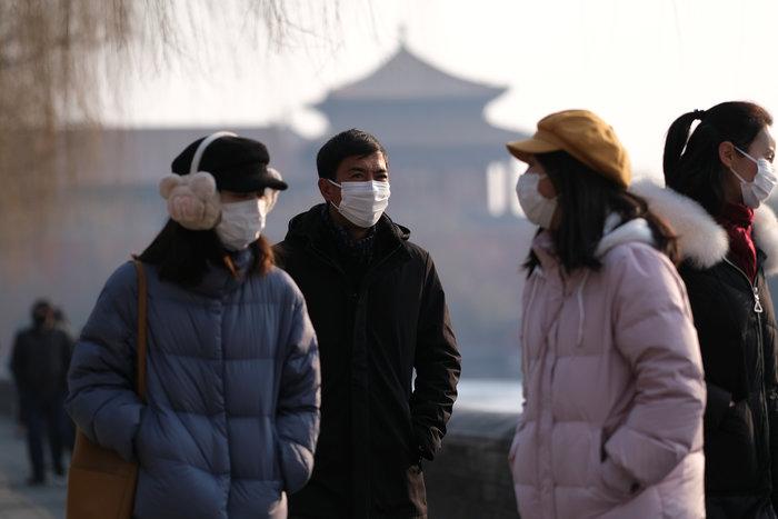 Κοροναϊος-Ουχάν: Έλλειψη σε μάσκες - Χτίζεται 2ο νοσοκομείο - εικόνα 3