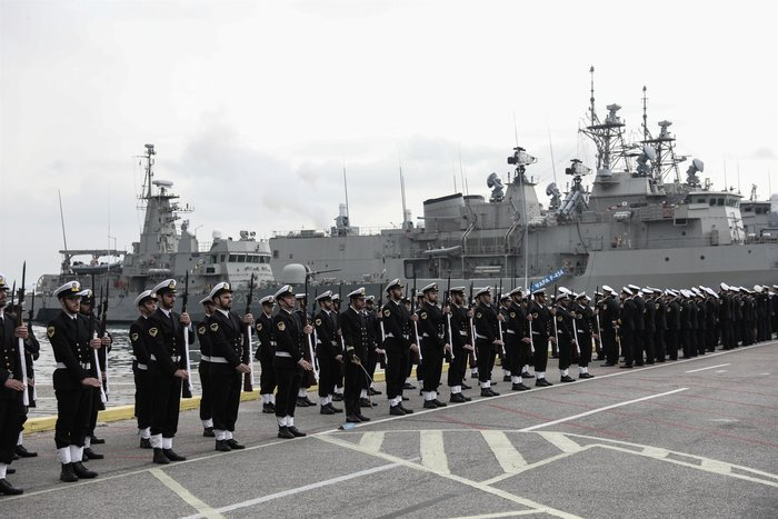 Γιατί ο αρχηγός Στόλου αποχώρησε με βάρκα και κωπηλάτες- Το τελετουργικό - εικόνα 3