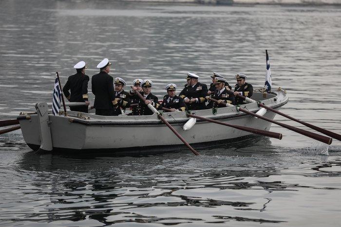 Γιατί ο αρχηγός Στόλου αποχώρησε με βάρκα και κωπηλάτες- Το τελετουργικό - εικόνα 9