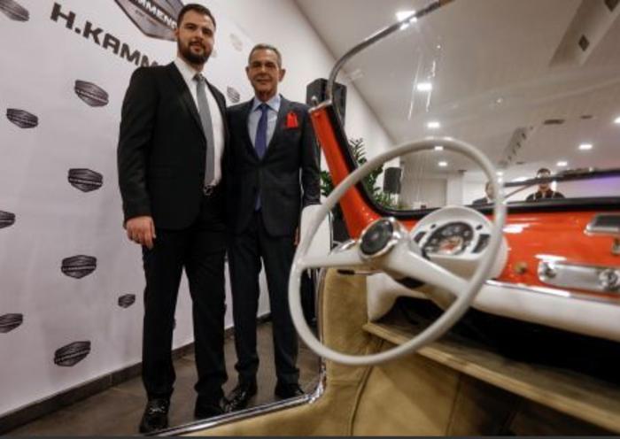 Καμμένος: Πώς από αρχηγός κόμματος άνοιξε πολυτελή «μάντρα» αυτοκινήτων