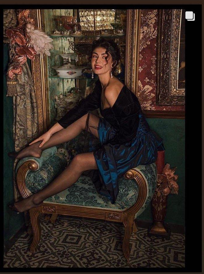 GNTM: Kέισι και Εβελίνα σε αισθησιακή vintage φωτογράφηση [Εικόνες] - εικόνα 3