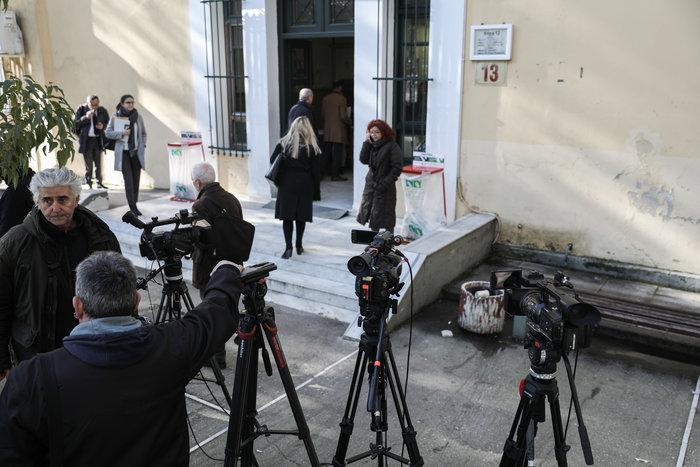 Χαμός στη δίκη για τη Μάνδρα: «Μας δουλεύουν, ντροπή»
