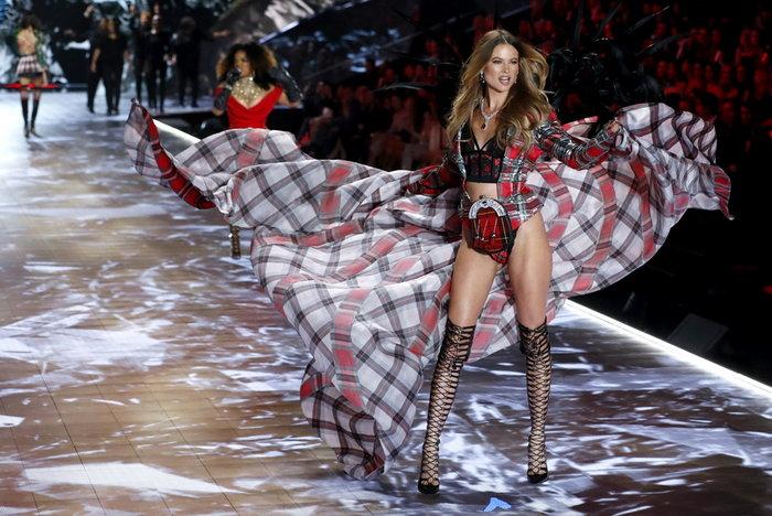 NYT: Αποκαλύψεις -σοκ για τα «αγγελάκια» της Victoria's Secret - εικόνα 2