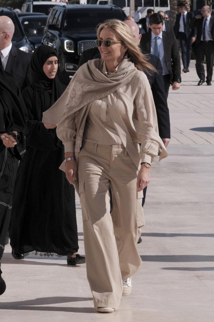 Η Μαρέβα Μητσοτάκη χωρίς μαντίλα στο Άμπου Ντάμπι [εικόνες]