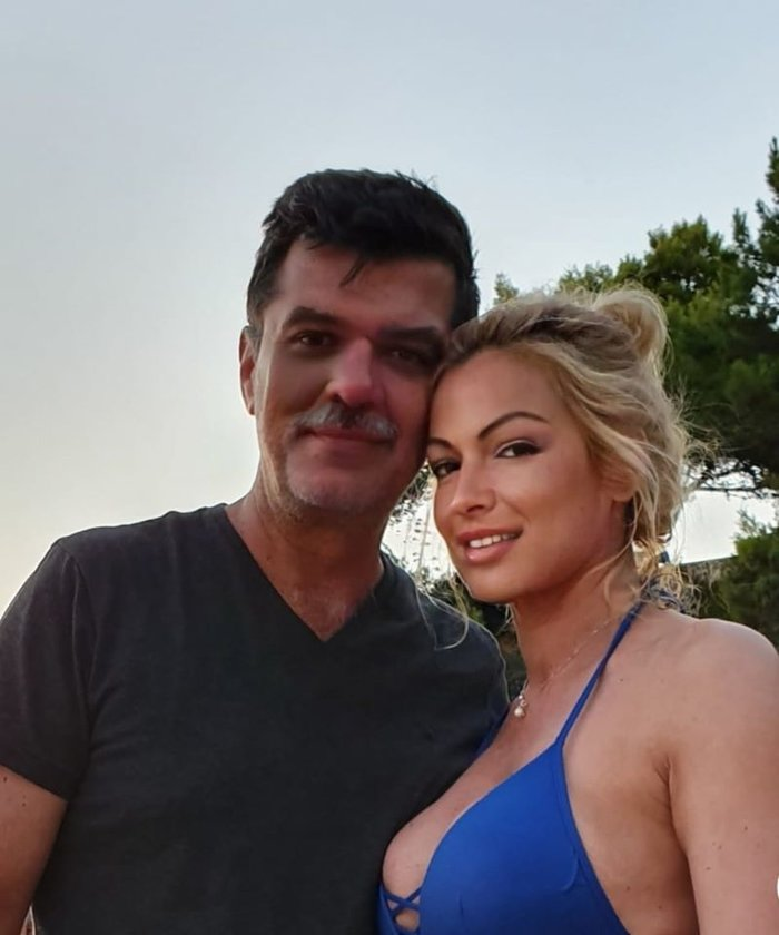 Η καλλονή δημοσιογράφος που παντρεύεται βουλευτή της ΝΔ, κουμπάρος ο Πέτσας - εικόνα 2