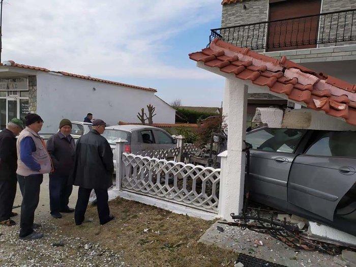 Ξάνθη: Διακινητής μεταναστών προσπάθησε να διαφύγει και έπεσε σε σπίτι
