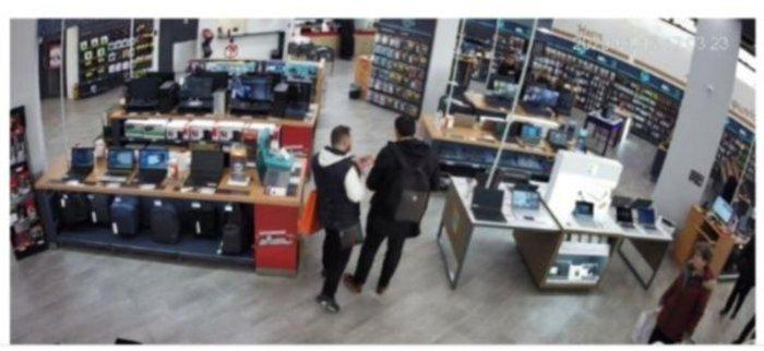 Καρέ-καρέ επί τω έργω 31χρονος που έκλεβε καταστήματα ηλεκτρικών ειδών - εικόνα 2