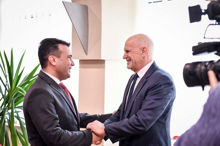 Στα Σκόπια ο Παπανδρέου: Αυστηρή τήρηση της Συμφωνίας των Πρεσπών