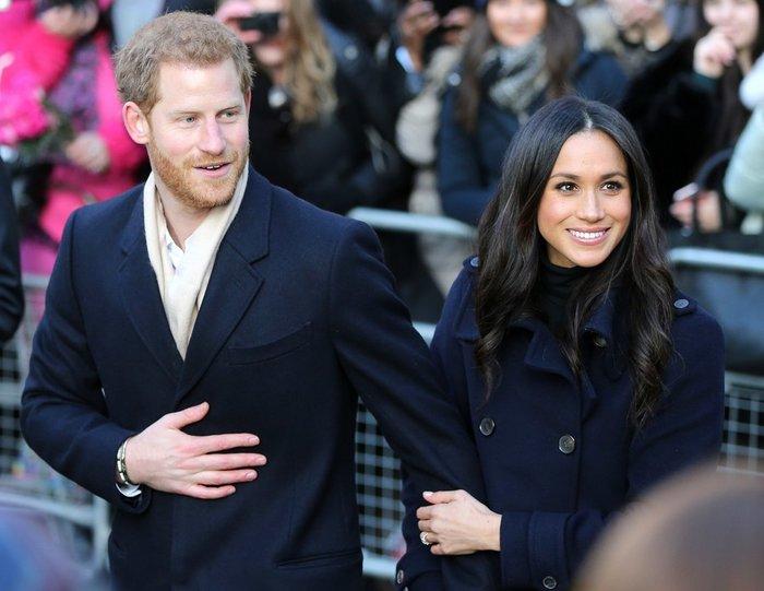Αυλαία για Χάρι & Μέγκαν: Στην Αγγλία για την τελευταία πριγκιπική εμφάνιση