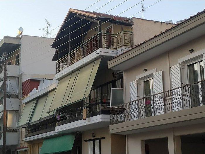Τραγωδία στη Λάρισα: 76χρονη έπεσε από τον 2ο όροφο