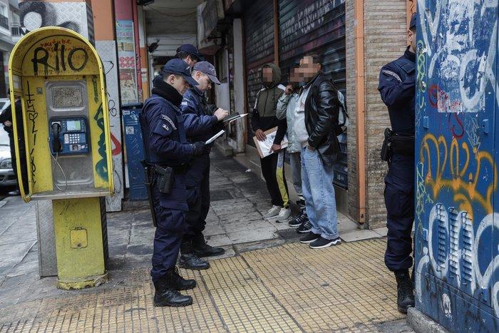 Καρέ καρέ η νέα επιχείρηση της ΕΛ.ΑΣ. στην οδό Μενάνδρου - εικόνα 14