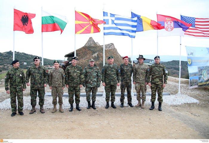 Στρατιωτική άσκηση σαν πόλεμος με καταδρομείς από επτά χώρες - εικόνα 12