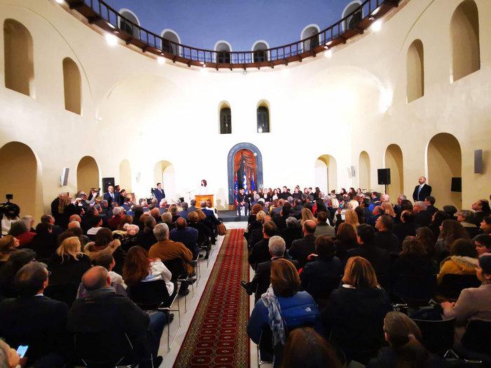Γιάννα Αγγελοπούλου: Οι πόροι της Επιτροπής προέρχονται μόνο από χορηγίες - εικόνα 3