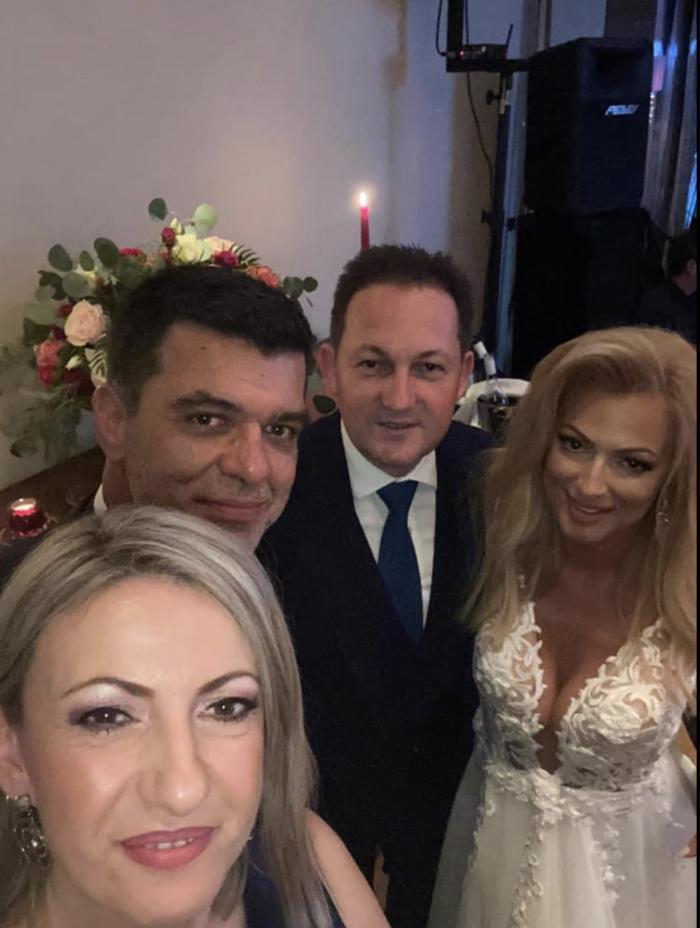 Γάμος Πάτση - Παπαλουκά: Χόρεψε ξυπόλητη η καλλονή δημοσιογράφος