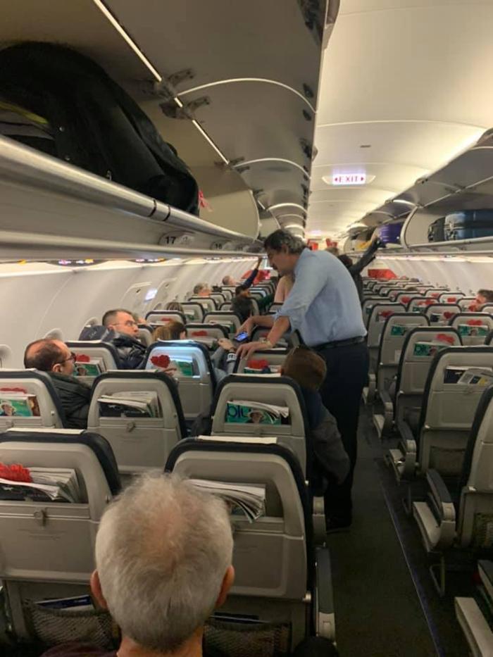 Άγριος τσακωμός Πολάκη - Κουρτάκη στο αεροπλάνο: «Σίχαμα» - «Τραμπούκε»