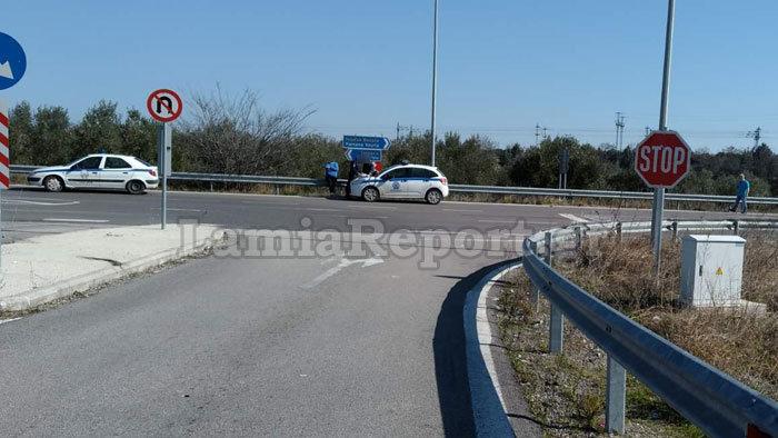 Νταλίκα παραβίασε stop και χτύπησε λεωφορείο του ΚΤΕΛ Φθιώτιδας