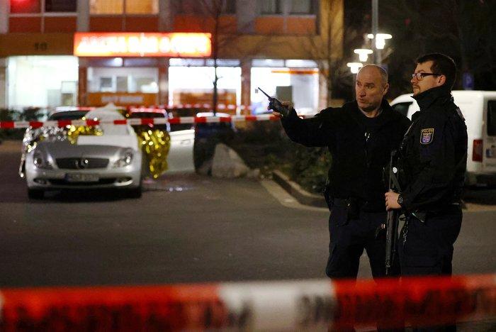 Μακελειό με 11 νεκρούς στη Γερμανία: Νεκρός και ο δράστης [εικόνες] - εικόνα 3