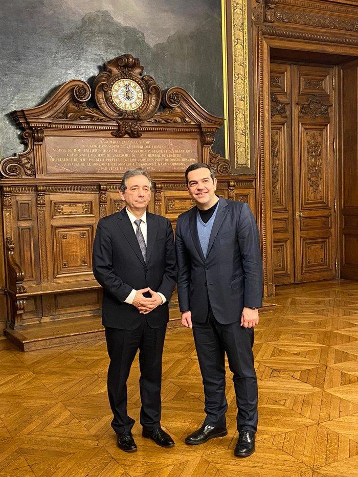 Για Καζαντζάκη και Μικρούτσικο συζήτησε ο Τσίπρας στο Παρίσι - εικόνα 4